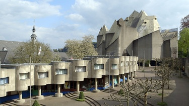 Bau Neviges alternativ: Mariendom Neviges (Architekt: Gottfried Böhm). | Bild: BR