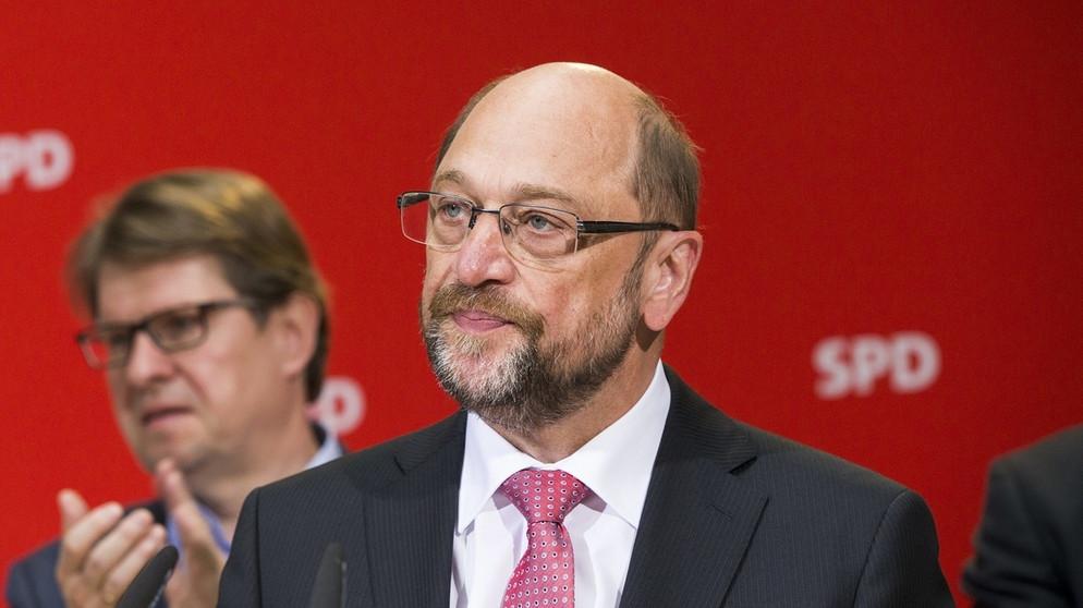 Deutschland: Union mittlerweile zwölf Prozentpunkte vor der SPD