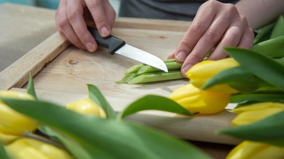 anschneiden, wasser, vase: so bleiben schnittblumen länger frisch, Garten und erstellen