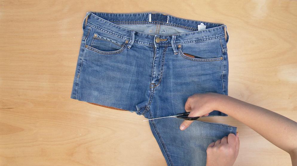 sch rze aus jeans n hen grillsch rze selber n hen bayern 1 radio. Black Bedroom Furniture Sets. Home Design Ideas