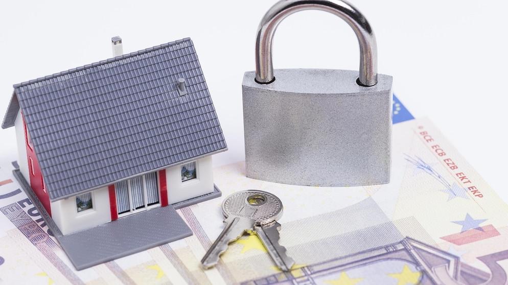 hausbesitzer diese versicherungen m ssen sie haben bayern 1 radio. Black Bedroom Furniture Sets. Home Design Ideas
