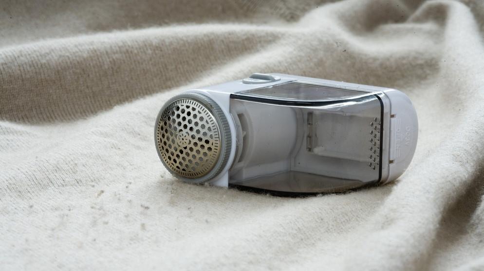 winterkleidung was hilft gegen fusseln und kn tchen bayern 1 radio. Black Bedroom Furniture Sets. Home Design Ideas