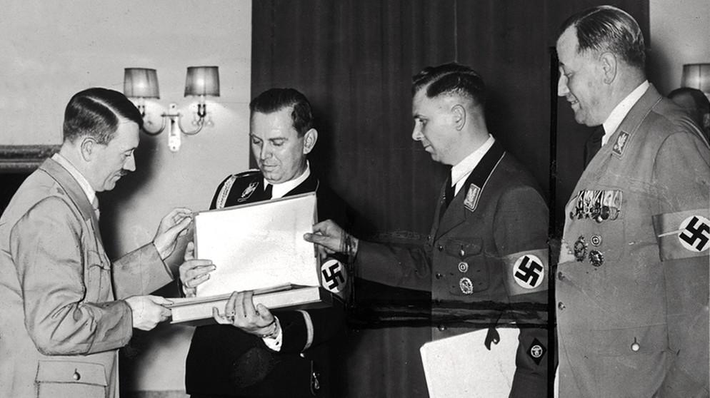 Citaten Hitler Xl : Hitlers schönstes geschenk wagners verschollene ring