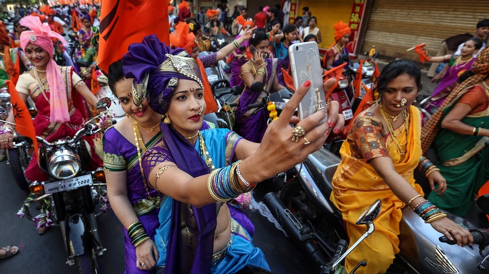 Hindu-Fest in Mumbai | Bild: picture-alliance/dpa