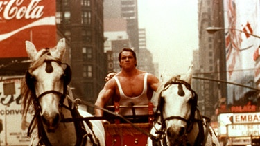 Arnold Schwarzenegger in dem Film Herkules in New York von 1970. | Bild: picture-alliance/dpa