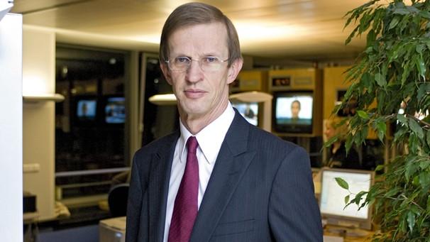 Rundfunkrat prof dr albrecht hesse bleibt for Albrecht hesse