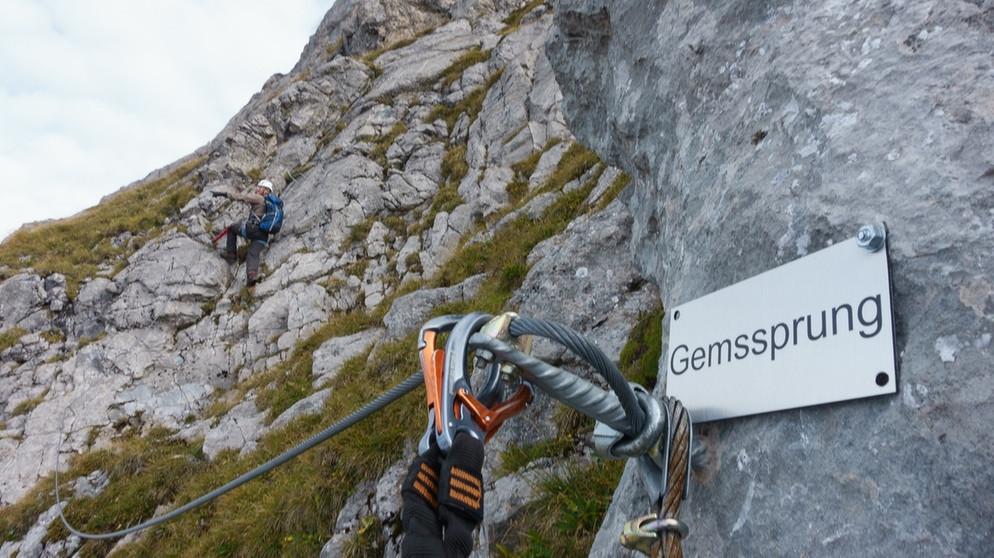 Klettersteig Engelberg : Über dem schweizer nebel klettersteig auf den rigidalstock bei