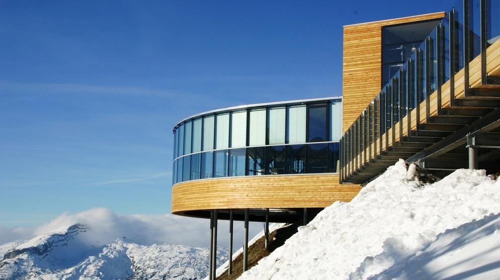 vom bauen in den bergen neue alpine architektur in bayern. Black Bedroom Furniture Sets. Home Design Ideas
