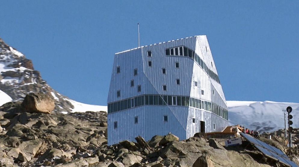 vom bauen in den bergen neue alpine architektur in der. Black Bedroom Furniture Sets. Home Design Ideas