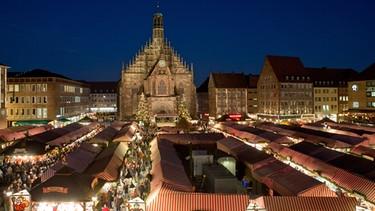 Weihnachtsmarkt Nürnberg.Abendschau Live Vom Christkindlesmarkt In Nürnberg Br Fernsehen