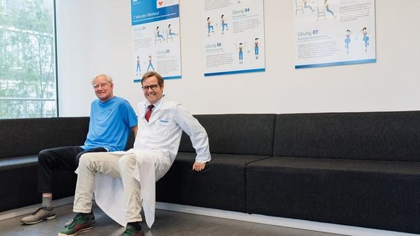 Prof. Halle mit seinem Vater / Foto: TU München|Nicky Schäfer