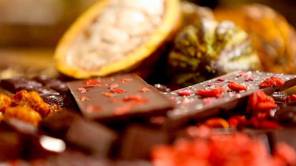 rohschokolade die gesunde s e versuchung unsere themen freizeit br fernsehen fernsehen. Black Bedroom Furniture Sets. Home Design Ideas