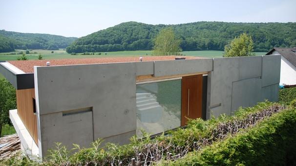 Architektur am hang haus am hang broberlin architektur for Modernes haus im hang