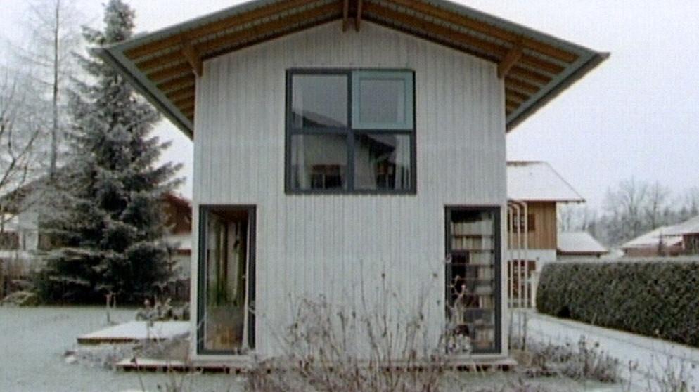 die gro e kunst ein kleines haus zu bauen vom neue h user aus holz 1994 br. Black Bedroom Furniture Sets. Home Design Ideas