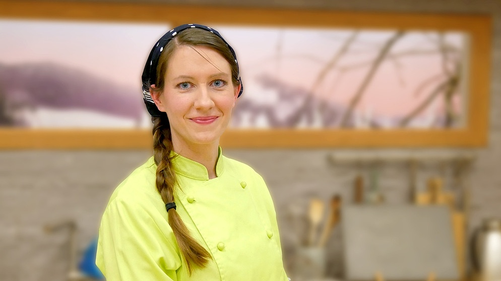 Wir in Bayern | Rezepte: Joghurtsahne mit Cassis und Maracuja
