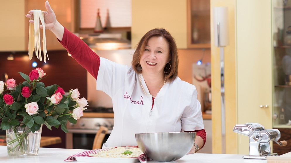 Wir in Bayern | Rezepte: Cannelloni alla napoletana mit Fenchelsalat | BR.de