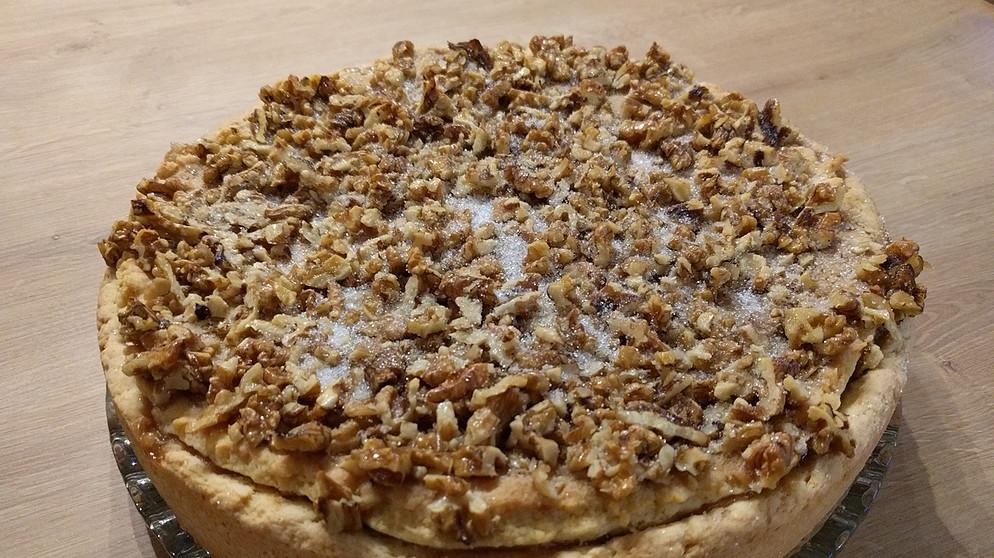 Zwischen Spessart und Karwendel: Apfelkuchen mit Honig-/Nusskruste