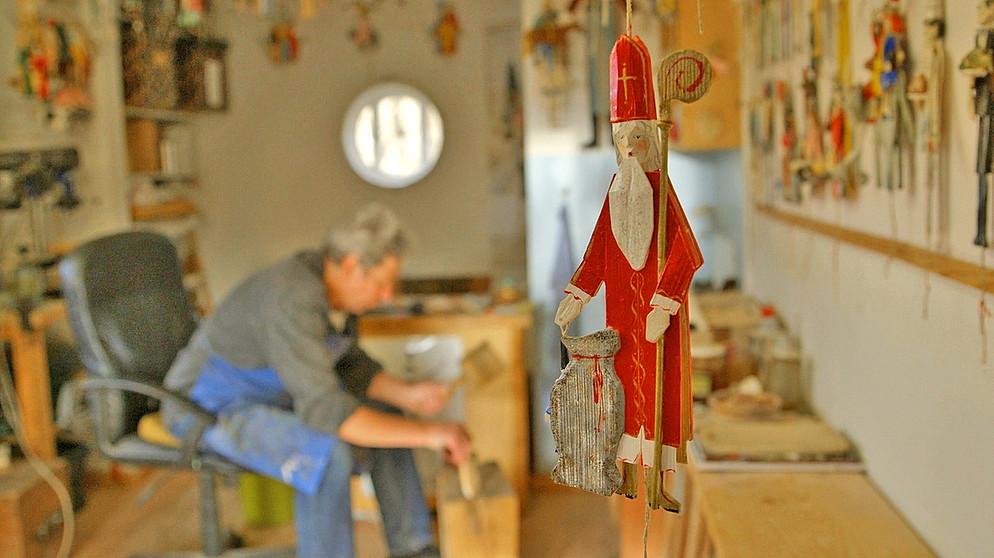 Weihnachtsmarkt Oberammergau.Bayern Genießen Holz Der Schnürlkasperl Aus Oberammergau