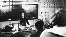 Vorlesung von Marie Curie am Radium-Institut in Paris | Bild: picture-alliance/dpa