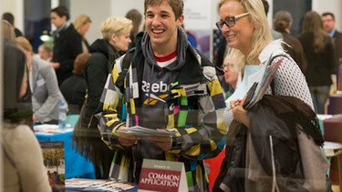 "Studenten beim ""International College Day"" 