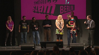 Science Slam Berlin Bühne | Bild: BR