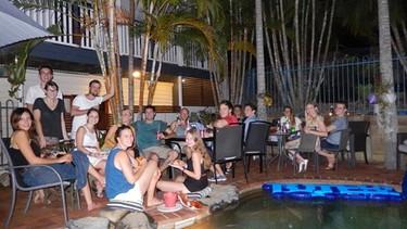 Poolparty in australischer Nacht | Bild: Nils Neumann