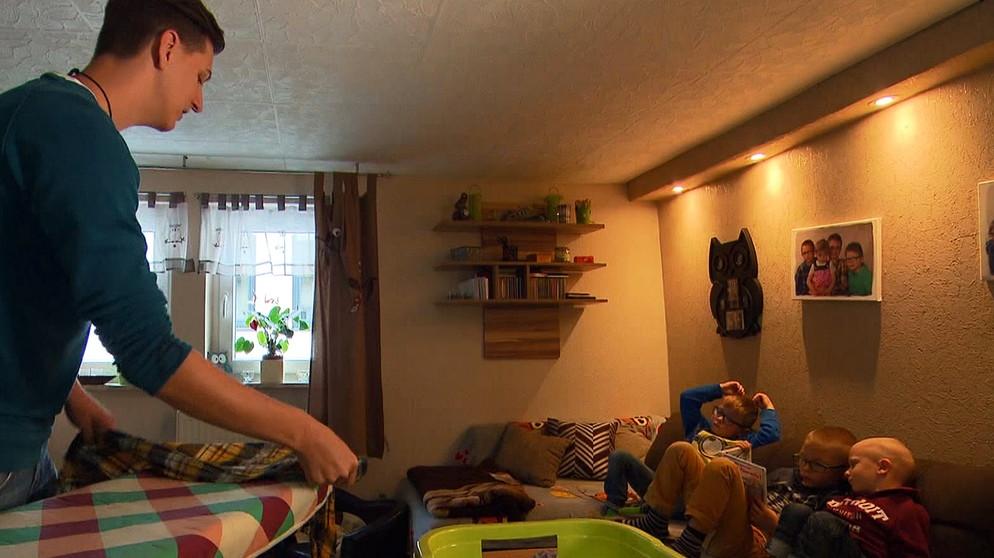 Haus Und Familienpfleger In Helfer Für Familien In Not Ich