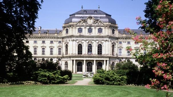Geschichte: Mozart-Musik Trifft Auf Barock-Architektur