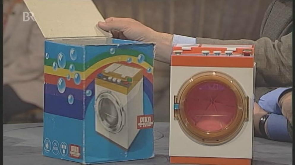 spielzeug waschmaschine ostalgie im vollwaschgang spielzeug schatzkammer kunst krempel. Black Bedroom Furniture Sets. Home Design Ideas