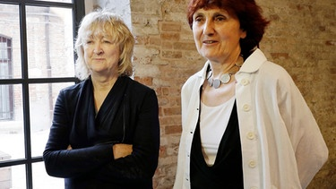 Shelley McNamara und Yvonne Farrell  | Bild: picture-alliance / Antonio Calanni