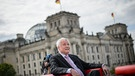 Horst Seehofer im ARD-Sommerinterview | Bild: picture-alliance/dpa/ARD