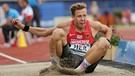 Germany's Max Hess competes in the men's Triple Jump Final at the European Athletics Championships at the Olympic Stadium in Amsterdam, The Netherlands, 09 July 2016.  | Bild: dpa-Bildfunk/Michael Kappeler