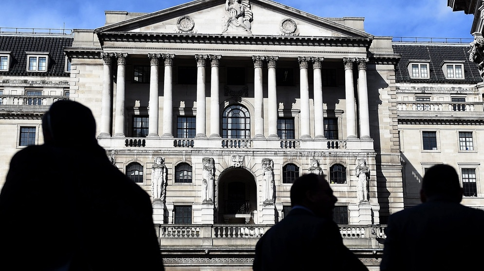 The Bank of England has warned the pound would crash, inflation will soar and interest rates would have to rise in the event of a no deal disorderly Brexit.