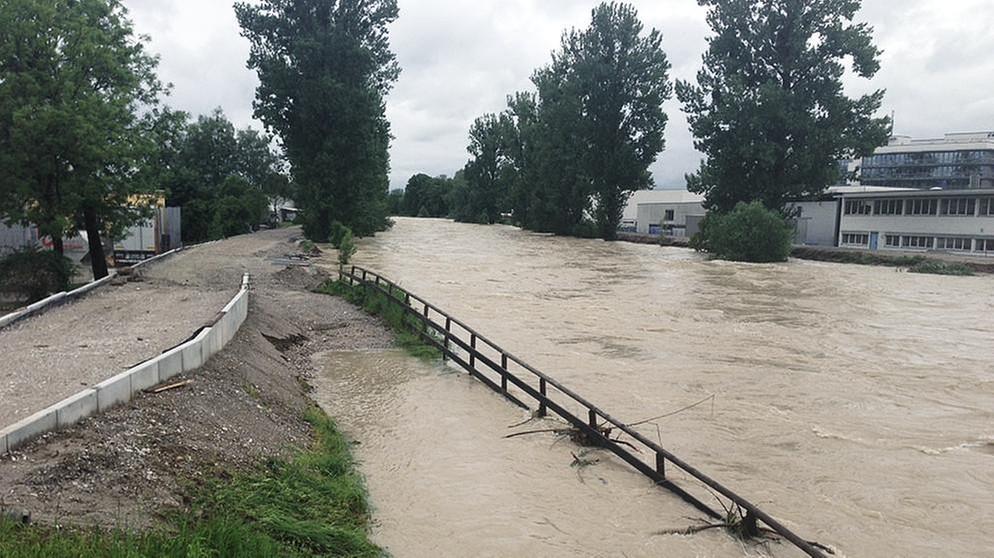Hochwasser In Bayern Die Flut Am Montag In Den Regionen Br24 Brde