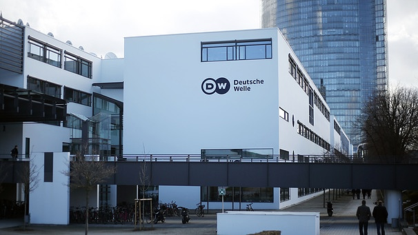 Die Deutsche Welle in Bonn  | Bild: picture-alliance/dpa/Oliver Berg