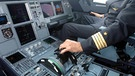 Airbus A320 Cockpit | Bild: picture-alliance/dpa