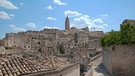 An undated file image shows a view of the Sassi neighborhood of Matera, southern Italy. Matera was picked on 17 October 2014 as Italy's candidate to become the European Capital of Culture in 2019. | Bild: picture-alliance/dpa/EPA/ROBERTO ESPOSTI