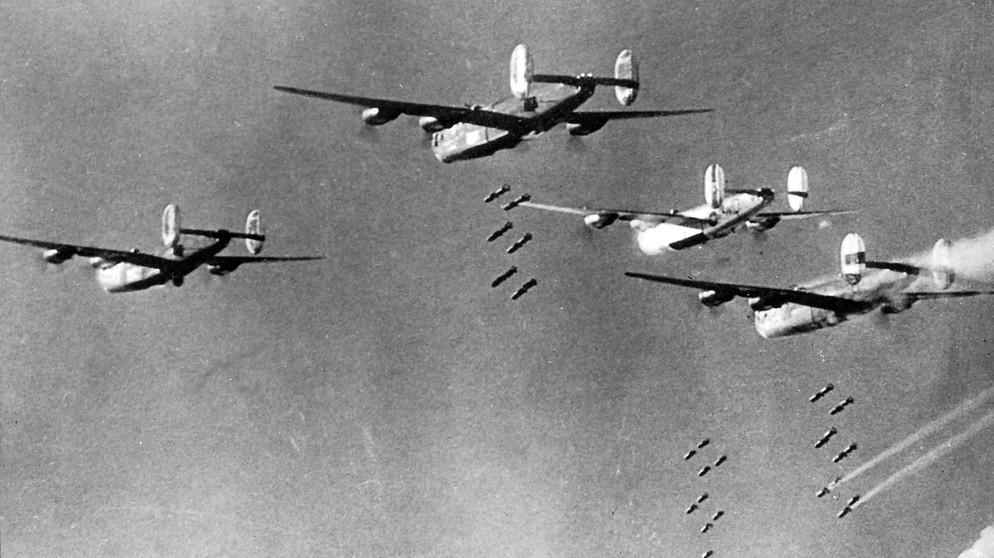 Flugzeug Krieg