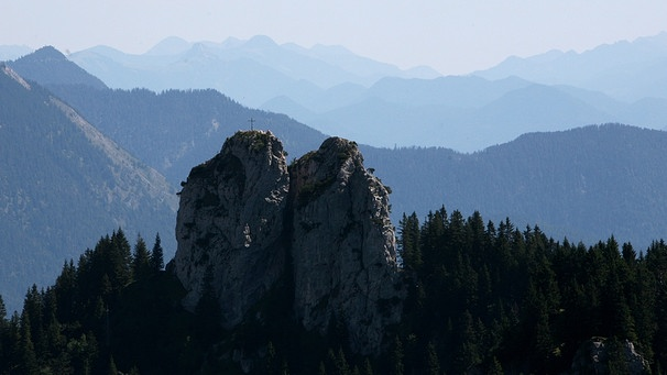 Ettaler Mandl Klettersteig Unfall : Tödlicher absturz : bergsteiger stirbt am ettaler manndl bei