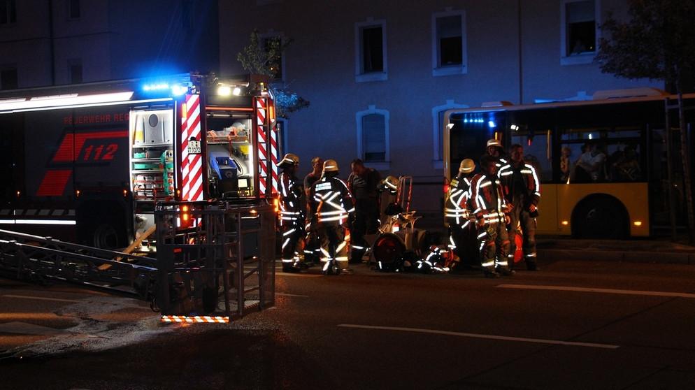 wohnungsbrand in regensburg 12 menschen verletzt oberpfalz nachrichten. Black Bedroom Furniture Sets. Home Design Ideas