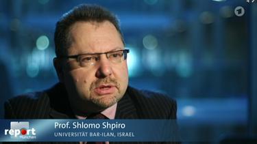 Der Wissenschaftler beschäftigt sich seit Jahren mit dem internationalen Terrorismus.  | Bild: BR