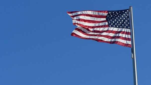 Die Flagge der USA, Stars and Stripes | Bild: picture-alliance/dpa