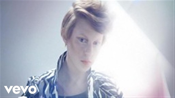 La Roux - Bulletproof | Bild: LaRouxVEVO (via YouTube)