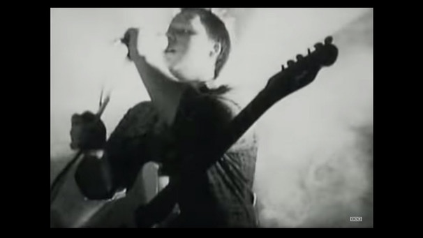 Pixies - Monkey Gone To Heaven (Official Video) | Bild: 4AD (via YouTube)