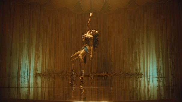 FKA twigs - Cellophane | Bild: FKA twigs (via YouTube)