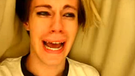 Leave Britney Alone: Chris Crocker unter der Bettdecke | Bild: Youtube: Chris Crocker