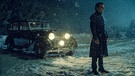 "Der junge Charlie Manx (Zachary Quinto) vor seinem Roll Royce Wraith in der Amazon Prime Video Serie ""NOS4A2"" 