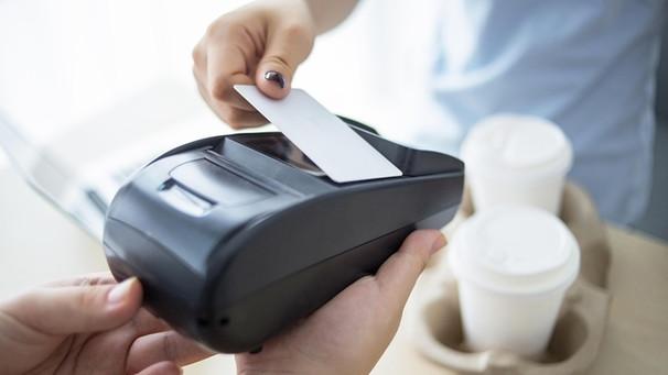 Nfc Karte Kopieren.Kontaktlos Bezahlen Wie Sicher Ist Das Kontaktlose Zahlen