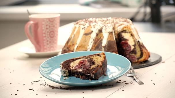 Schoko Cheesecake Schoko Kirsch Kuchen Mit Cheesecake Füllung