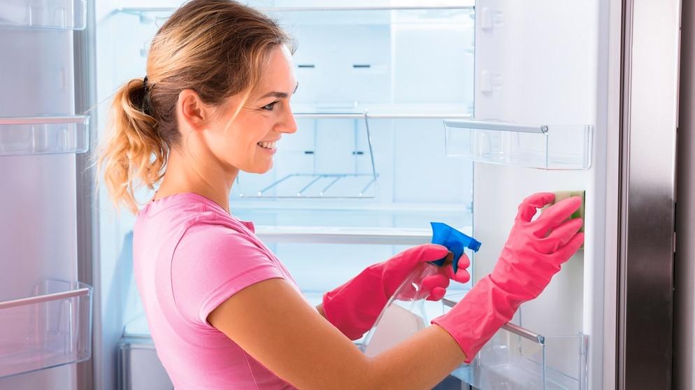Kühlschrank Xl : Abtauen und reinigen so bleiben gefrier und kühlschrank fit